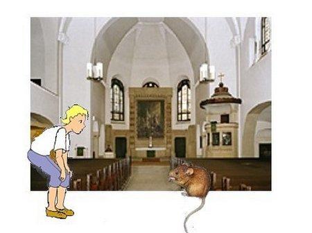 Kirche mit Maus und Lumpi